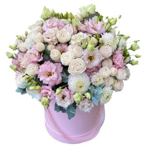 """Цветы в коробке """"Очаровательный"""""""